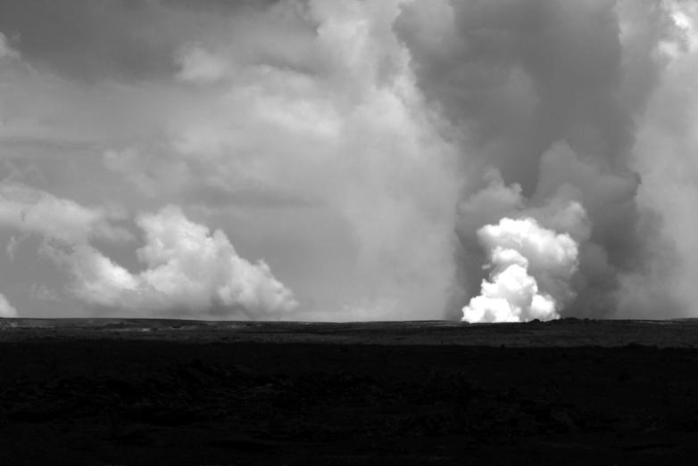 active halema'uma'u caldera, kilaeau volcano, hawaii